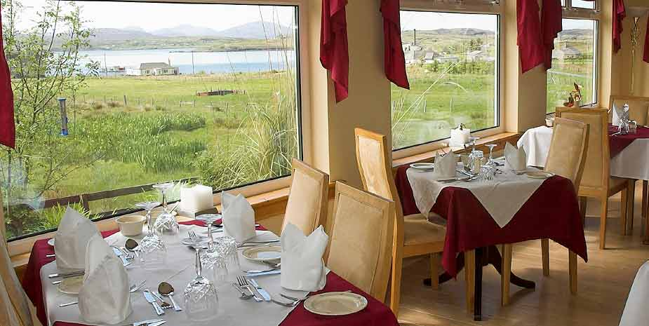 Loch Roag Guest House dining