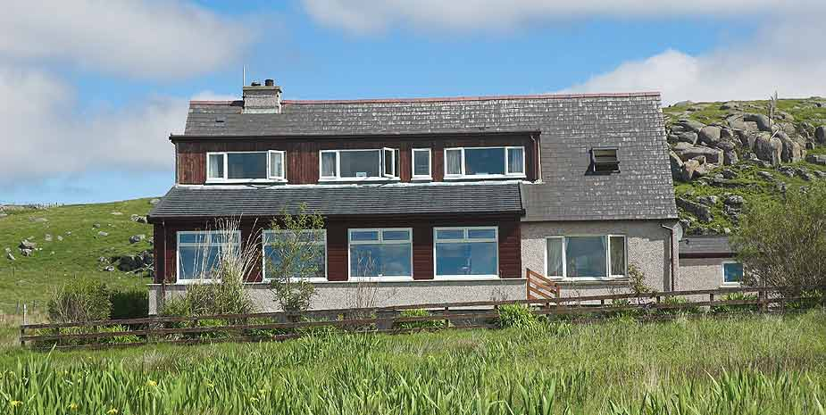 Loch Roag Guest House front view