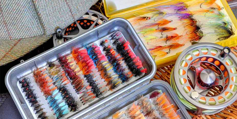 Ardnastruban House - fly tying by Stewart